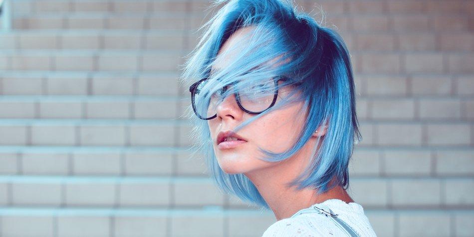 Haare Blau Farben Anleitung Produkte Tipps Desired De