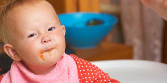 Die richtige Ernährung ist im Falle einer Mundschleimhautentzündung von großer Bedeutung.