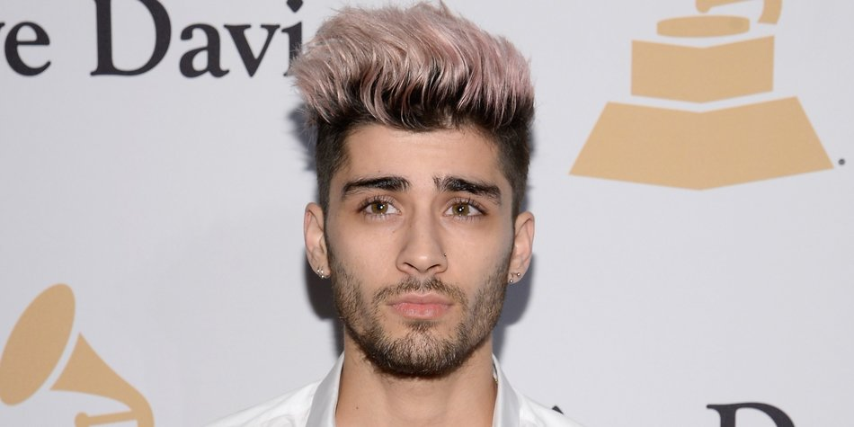 """LOS ANGELES, CA - AUGUST 10: Singer Zayn Malik arrives at the premiere of Universal Pictures and Legendary Pictures' """"Straight Outta Compton"""" at the Microsoft Theatre on August 10, 2015 in Los Angeles, California. (Photo by Kevin Winter/Getty Images)"""