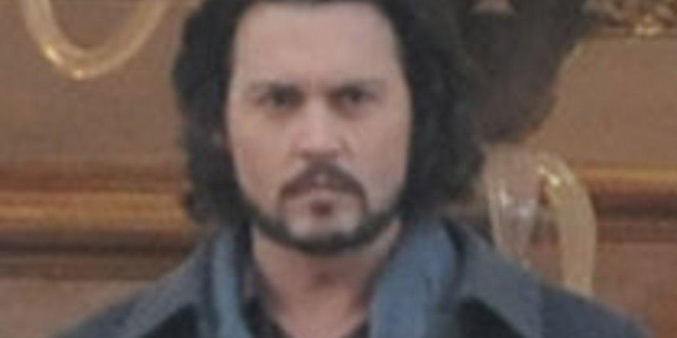 Johnny Depp im Schlafanzug!