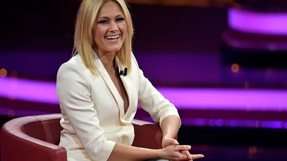 COLOGNE, GERMANY - DECEMBER 06: Helene Fischer attends the television show 2015! Menschen, Bilder, Emotionen - RTL Jahresrueckblick on December 6, 2015 in Cologne, Germany. (Photo by Sascha Steinbach/Getty Images)