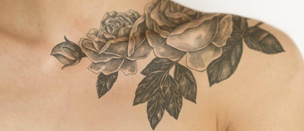 Blumen-Tattoos