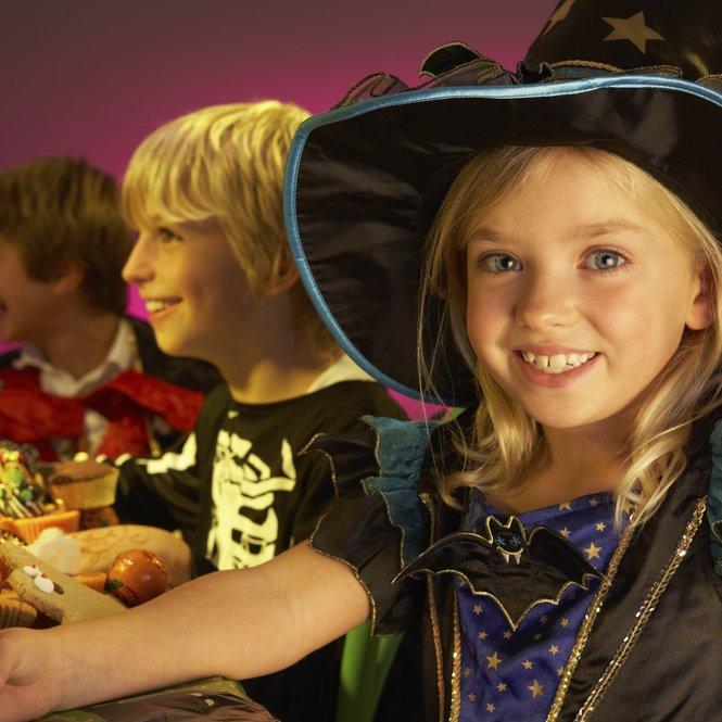 Spaß auf der Halloween Kinderparty