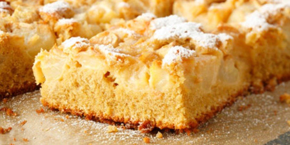 Hefe Apfelkuchen mit Streusel
