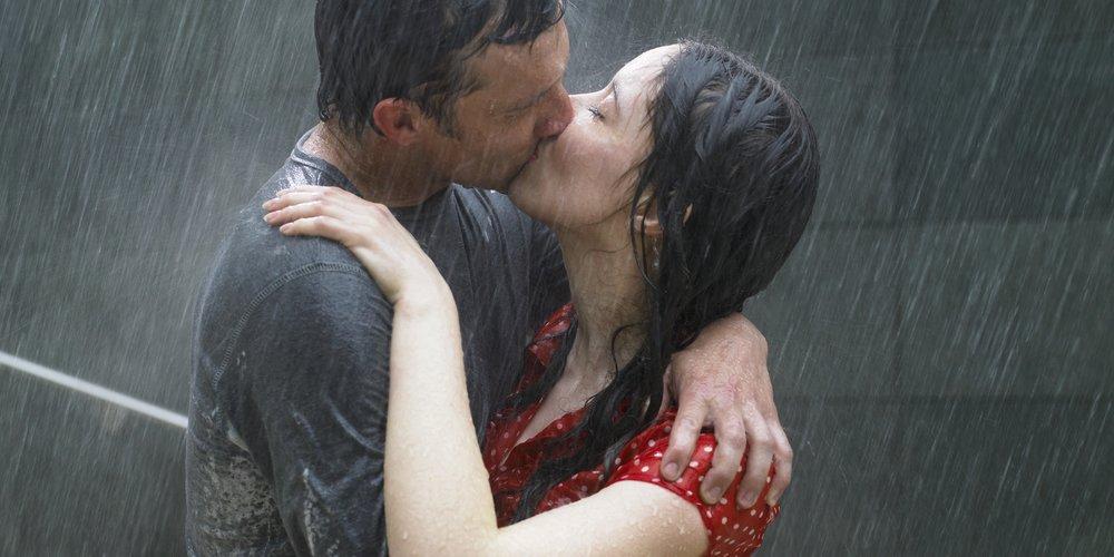 Wie erkennt man, dass es sich wirklich um Liebe handelt? Eine schwierige Frage. Pass gut auf, dass du diese 6 Dinge nicht mit wahrer Liebe verwechselst.