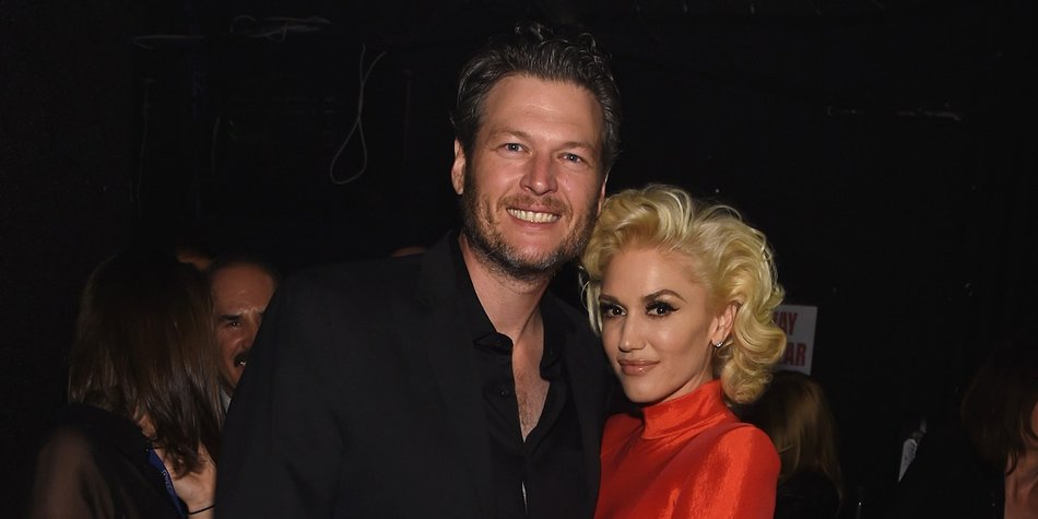 BEVERLY HILLS, CA - FEBRUARY 14: Recording artists Blake Shelton (L) and Gwen Stefani attend the 2016 Pre-GRAMMY Gala and Salute to Industry Icons honoring Irving Azoff at The Beverly Hilton Hotel on February 14, 2016 in Beverly Hills, California. (Photo by Larry Busacca/Getty Images for NARAS)