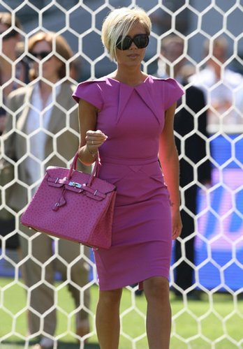Victoria Beckham mit ihrer Birkin Bag