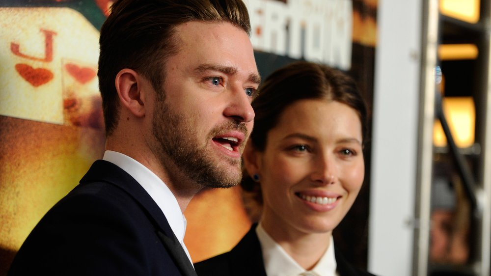"LAS VEGAS, NV - SEPTEMBER 18: Singer/actor Justin Timberlake (L) and his wife, actress Jessica Biel arrive at the world premiere of Twentieth Century Fox and New Regency's film ""Runner Runner"" at Planet Hollywood Resort & Casino on September 18, 2013 in Las Vegas, Nevada. (Photo by David Becker/Getty Images)"