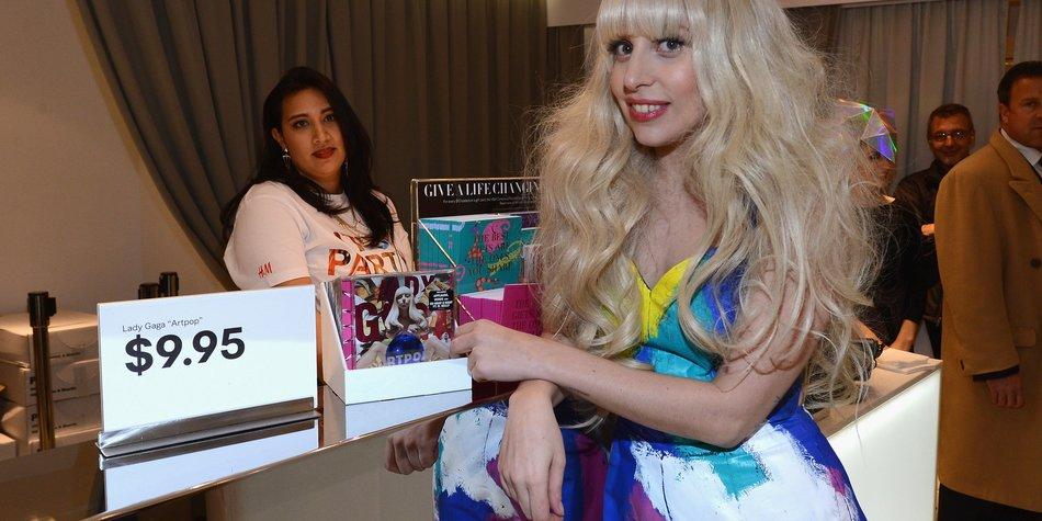 Lady Gaga gibt es jetzt bei H&M
