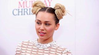 Hochzeit im Sommer? Miley Cyrus lässt nicht locker.