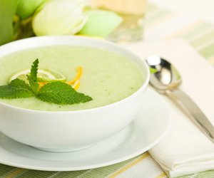 Kühle Melonensuppe