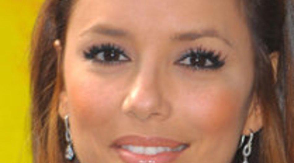 Eva Longoria liebt Make Up und Mode