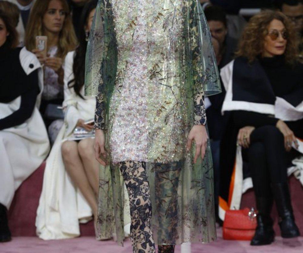 Haute Couture Paris: Dior zeigt weiblichkeit