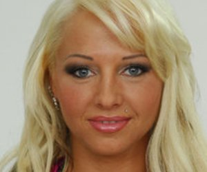 Big Brother 10: Cora zeigt sich wieder nackt