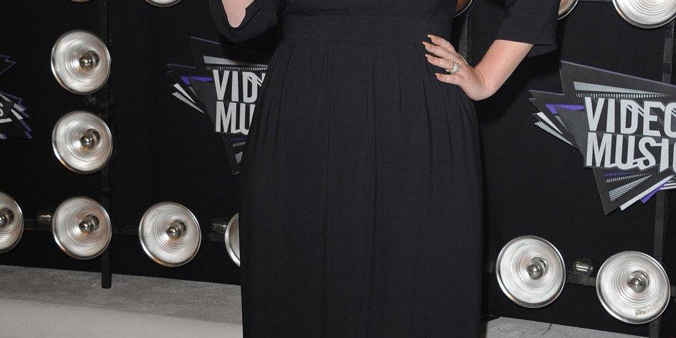 Adele: Auszeichnung von der Queen