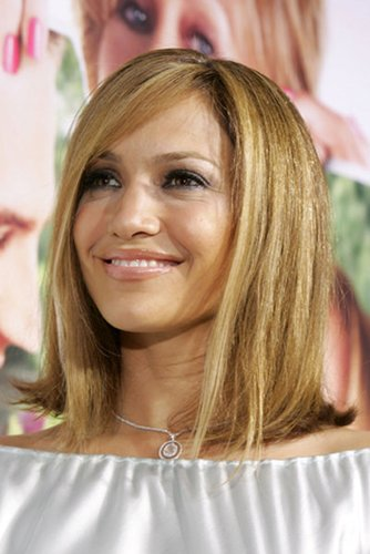 Jennifer Lopez: Schulterlanger Bob