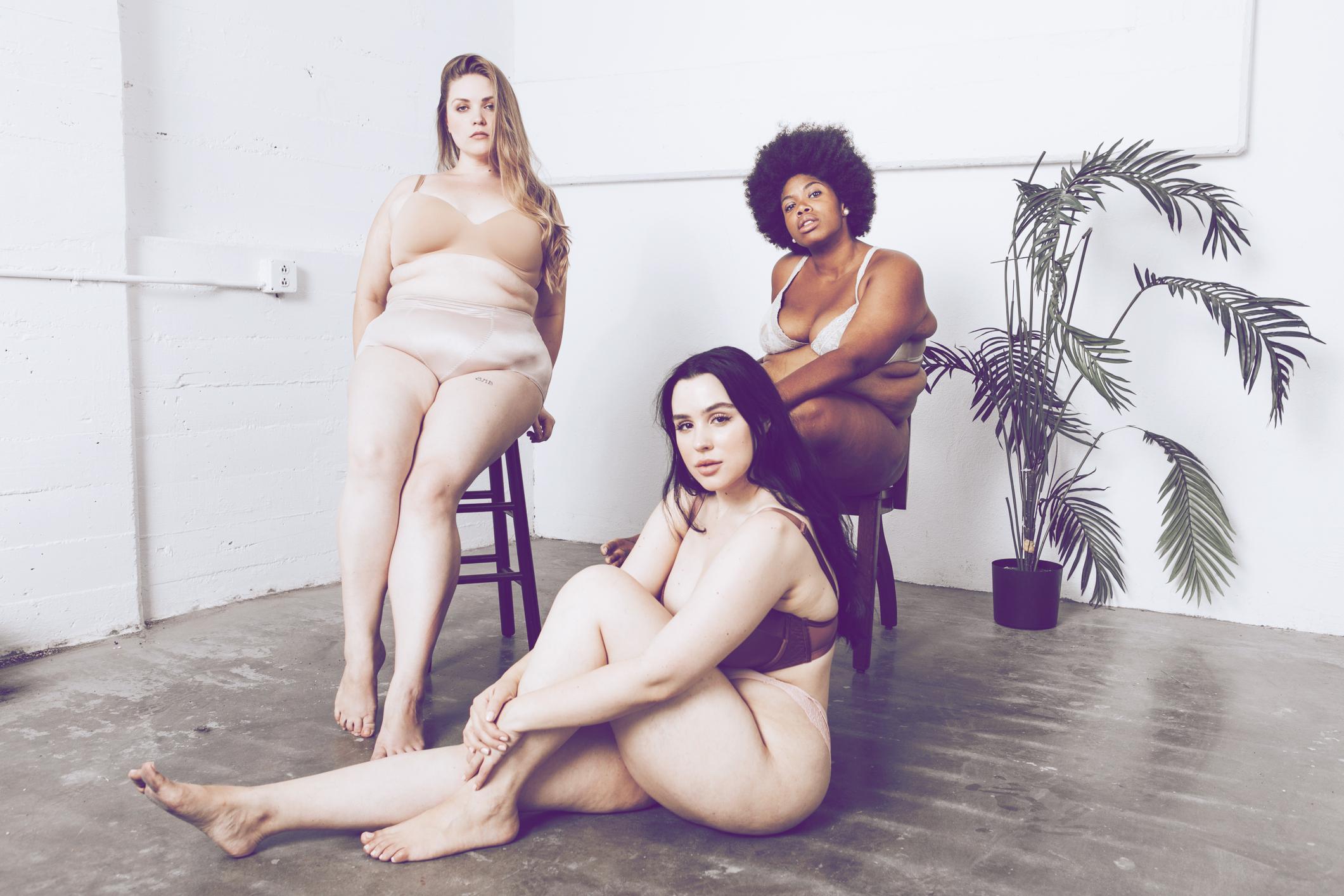 Schluss mit Perfektion: Bloggerin setzt Zeichen & zeigt ihren echten Körper | desired.de