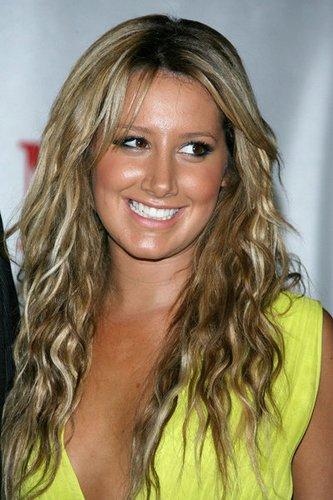 Trendfrisur bei Ashley Tisdale