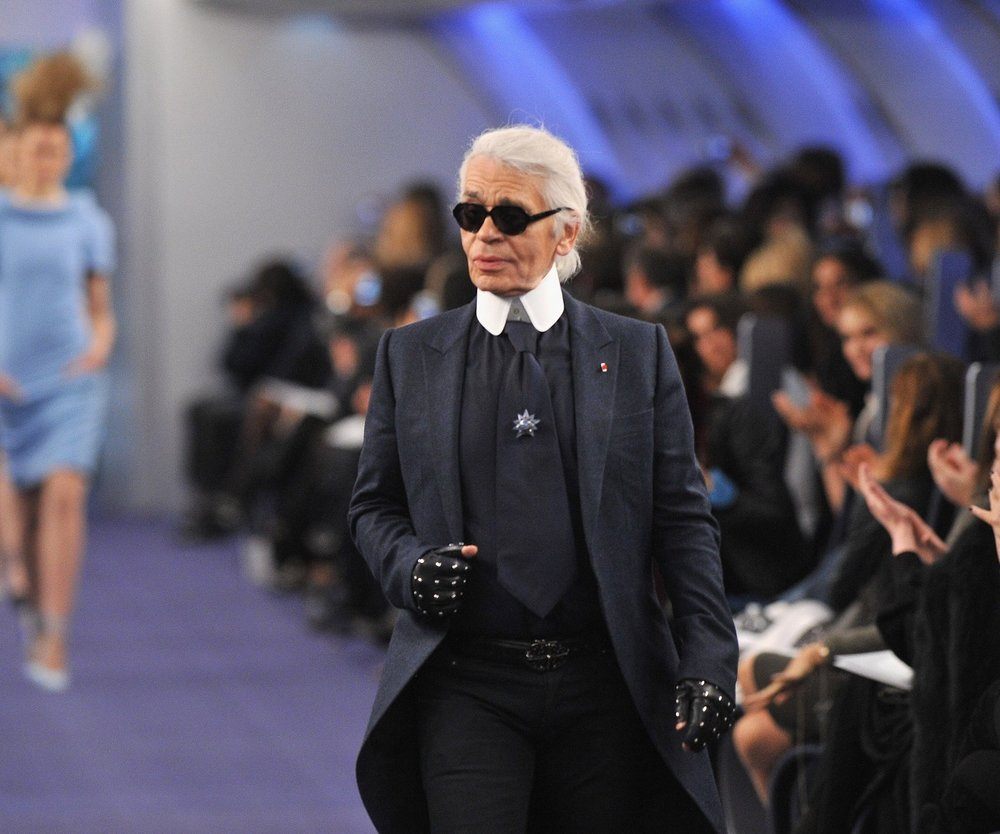 Karl Lagerfeld hebt ab