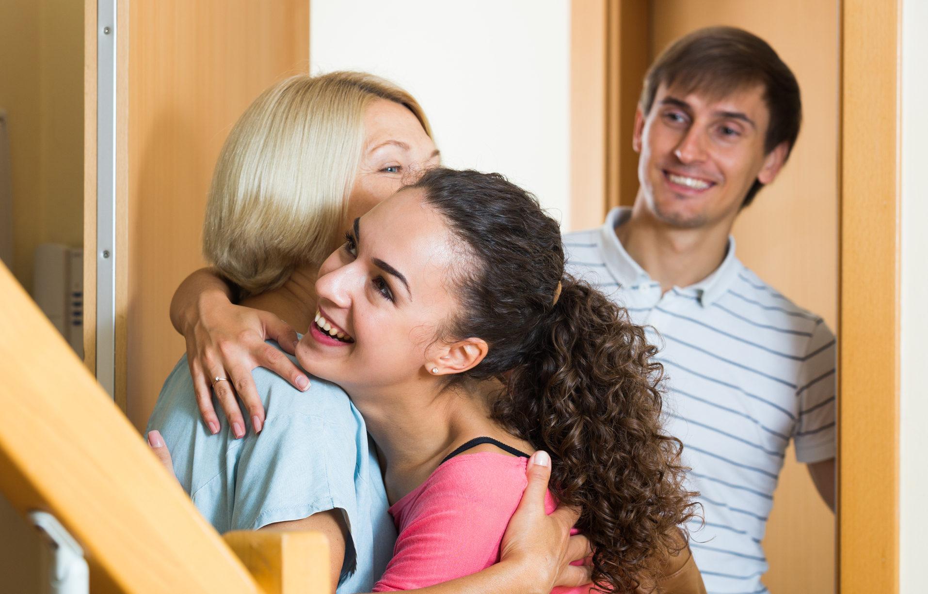 geschenk schwiegermutter erstes treffen teure geschenke. Black Bedroom Furniture Sets. Home Design Ideas