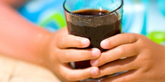 Spuren von Alkohol in Cola