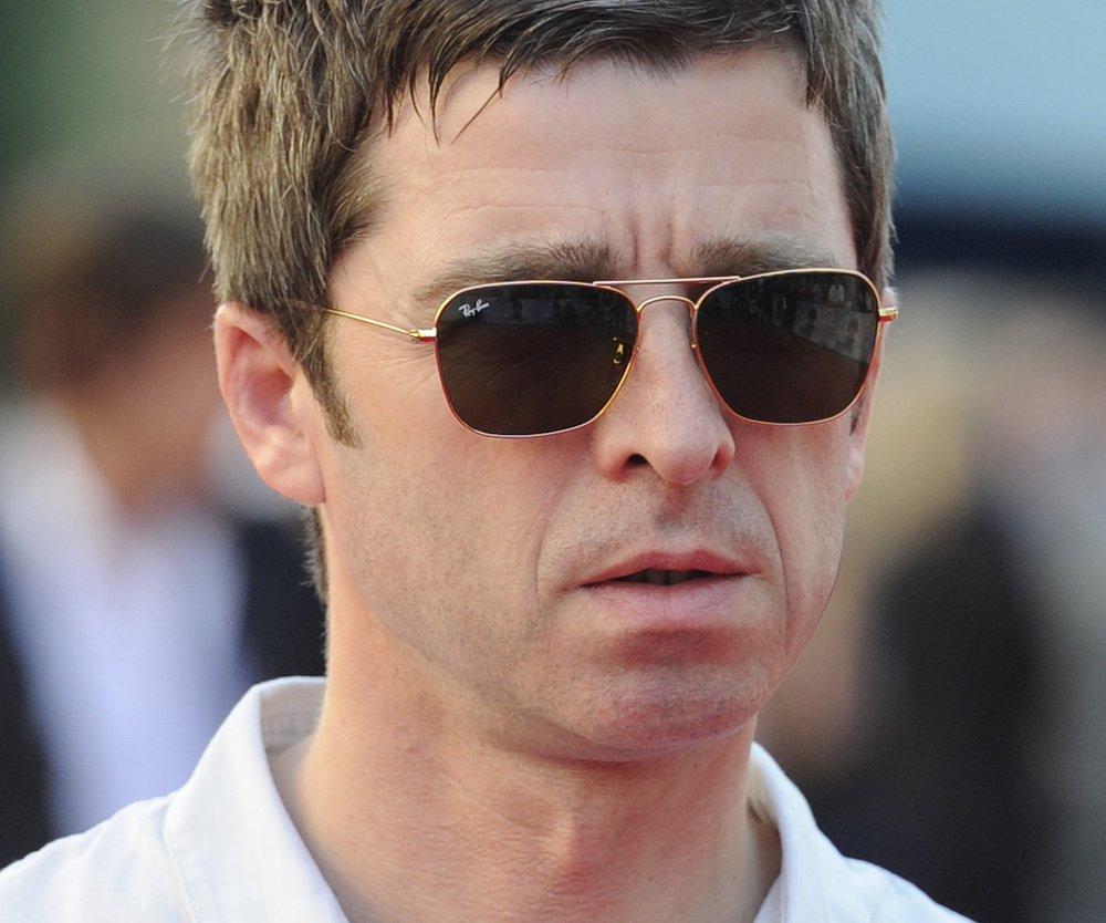 Noel Gallagher macht Werbung für Adidas