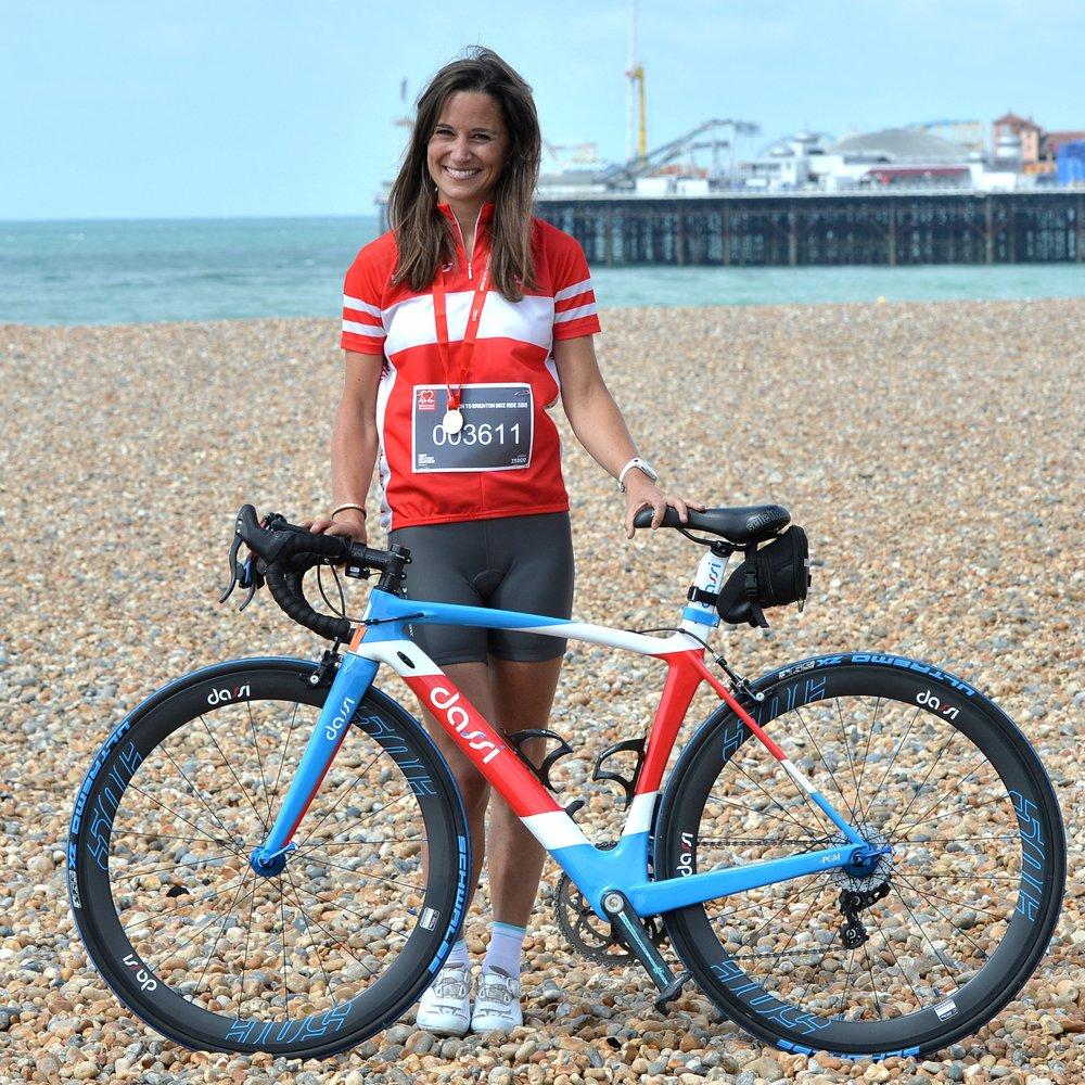 Pippa Middleton schwingt sich für den guten Zweck aufs Rad
