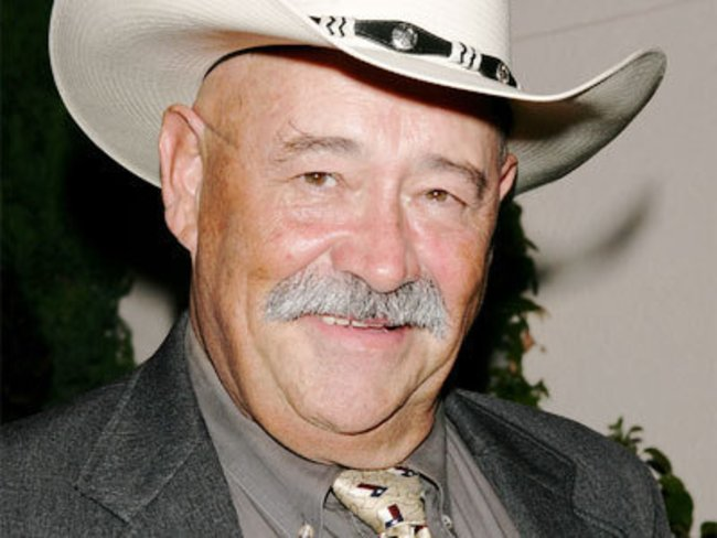 Barry Corbin spielt Whitey Durham bei One tree Hill