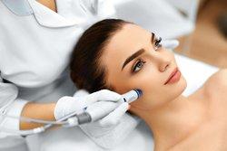 HydraFacial-Gesichtsbehandlung