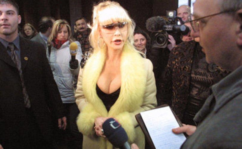 Film-Darstellerin Dolly Buster wurde mit Erotikfilmen bekannt