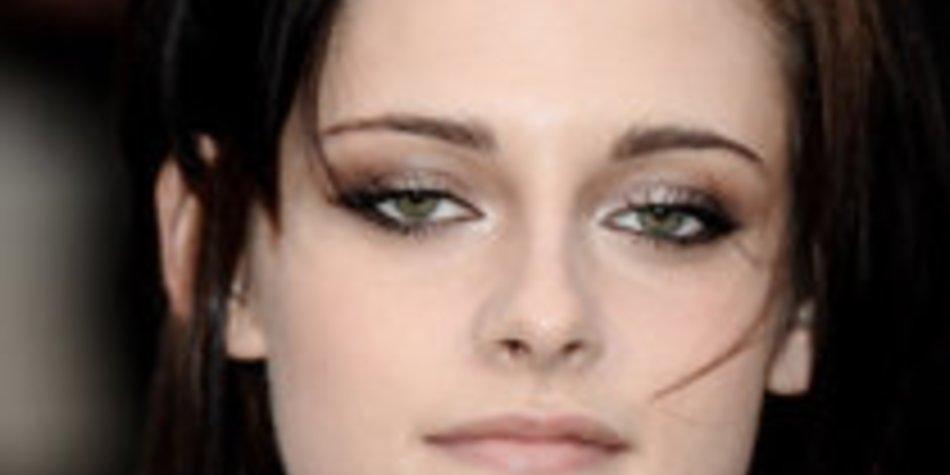 Kristen Stewart: Brustwarzenpiercing?