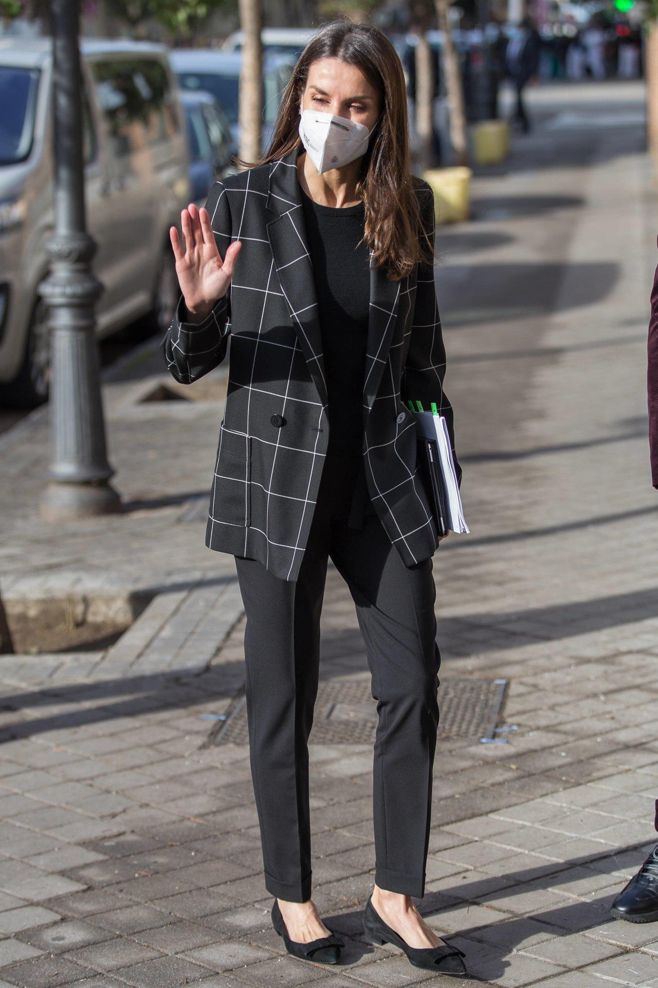 Königin Letizia von Spanien in ihrem wunderschönen und stylishen Casual-Look
