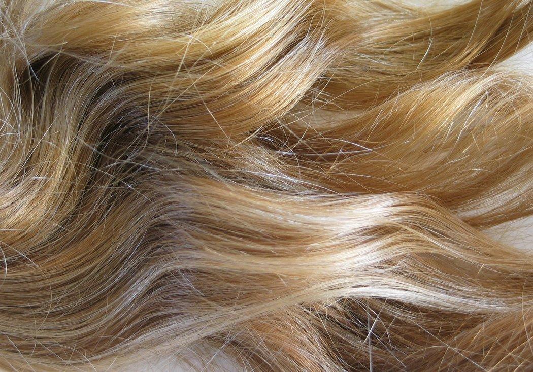 Graue Haare Blond Färben 6 Hilfreiche Tipps Desiredde