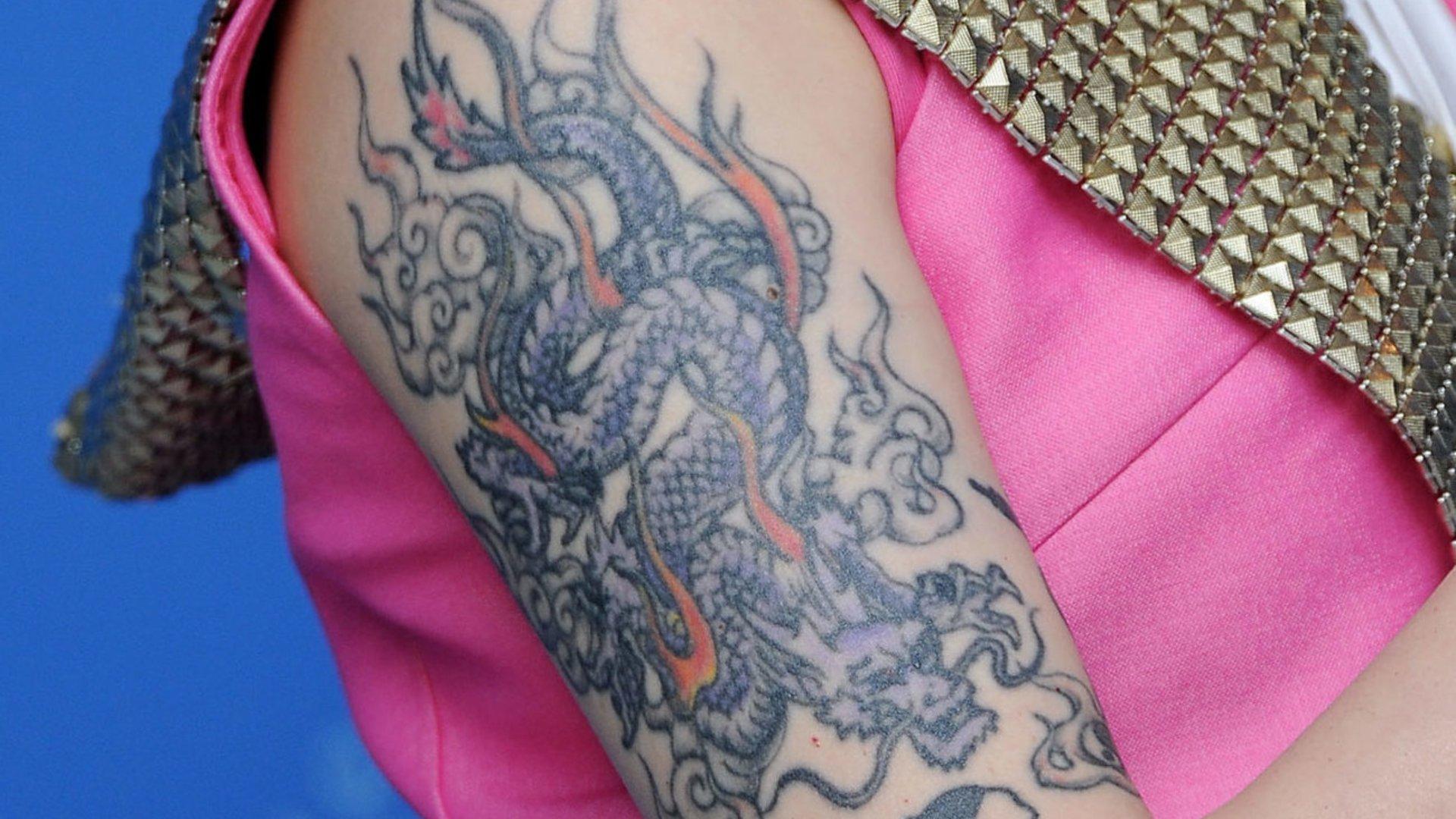 Tattoos bilder drachen tatoo vorlagen