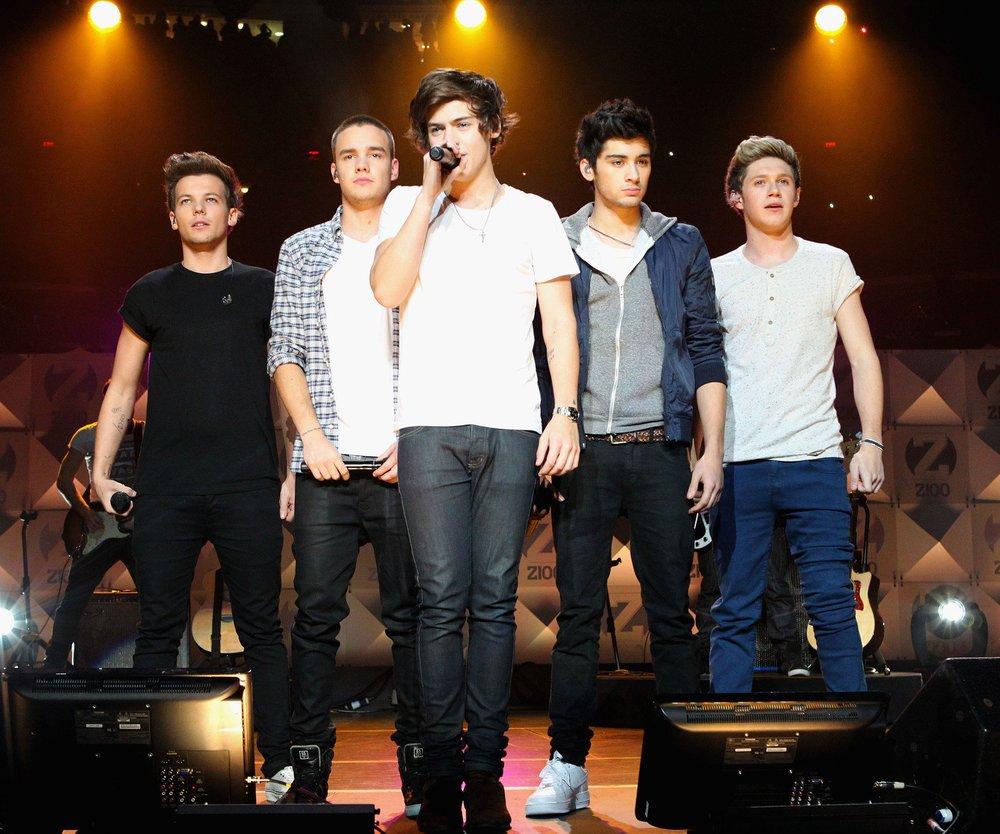 One Direction ziehen sich aus