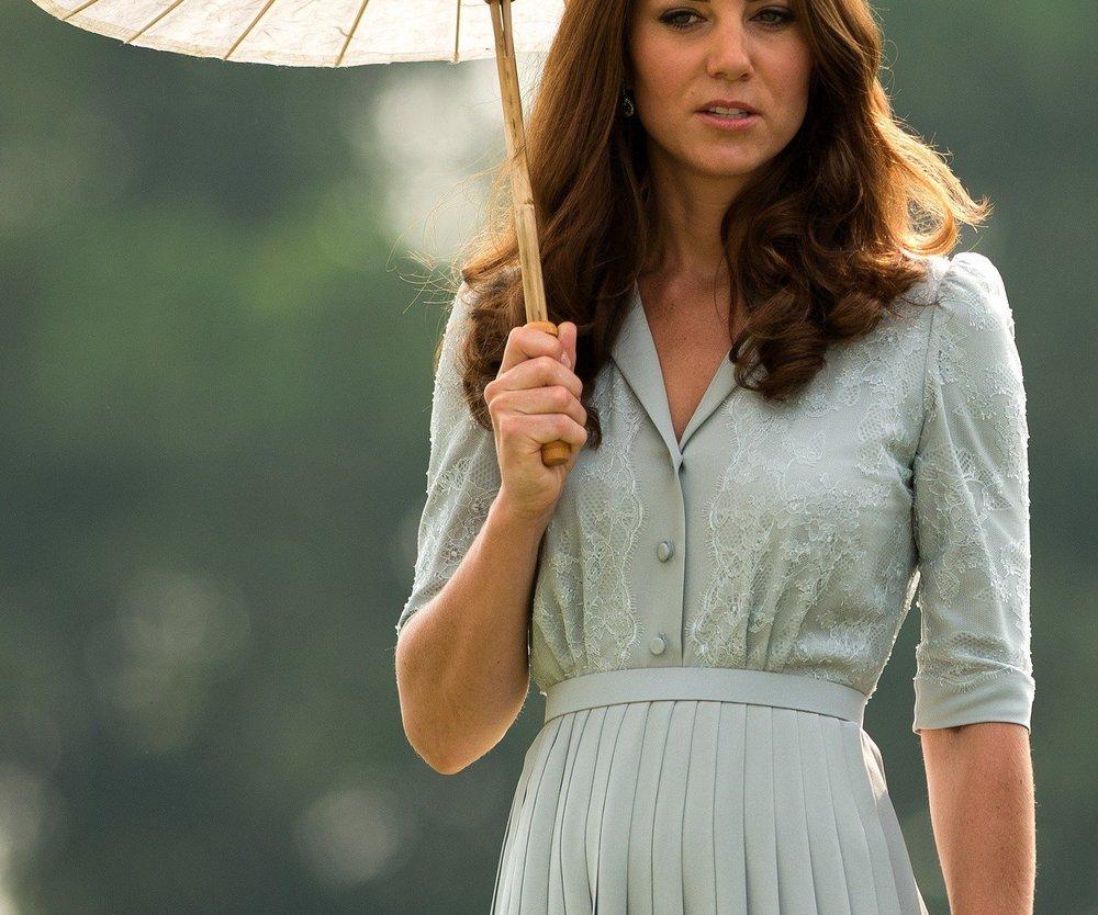 Kate Middleton: Halbnackte Fotos mit Babybauch aufgetaucht!