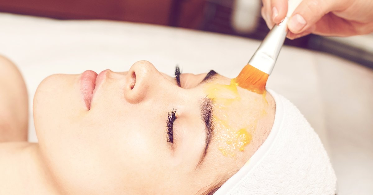 Chemisches-Peeling-f-r-jeden-Hauttyp-So-einfach-geht-s-