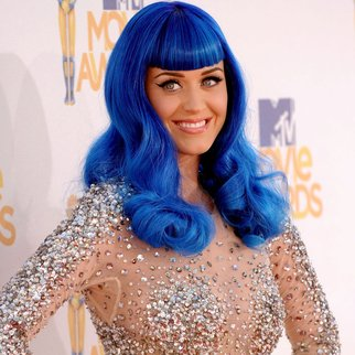 UNIVERSAL CITY, CA - JUNE 06:  Katy Perry arrives at the 2010 MTV Movie Awards held at the Gibson Amphitheatre at Universal Studios  on June 6, 2010 in Universal City, California.  (Photo by Jason Merritt/Getty Images)