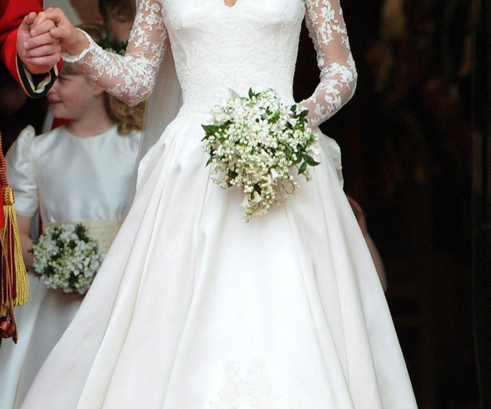 Kate Middleton stellt Brautkleid aus
