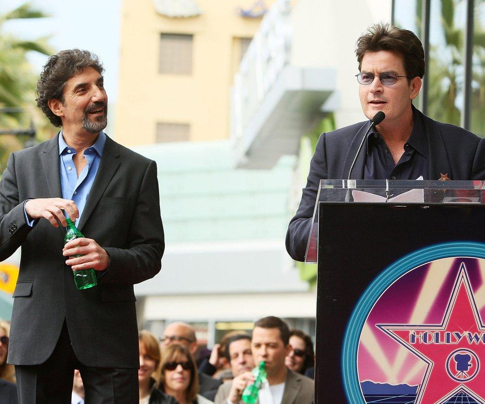 Charlie Sheen möchte sich bei Chuck Lorre entschuldigen
