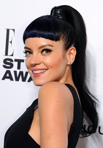 Lily Allen: Trendiger Ponytail im Sleek Look