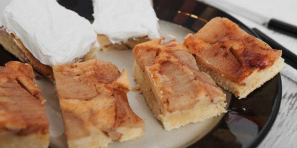 Apfelkuchen Blech