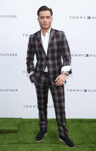 """Ed Westwick bei einer """"Tommy Hilfiger""""-Shoperöffnung 2011"""