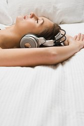 Schlafstörungen Ursache Rituale Musik hören