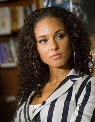 Wilde Lockenmähne bei Alicia Keys