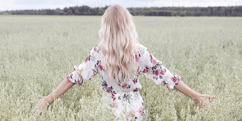 Von blond auf schwarz ohne grünstich