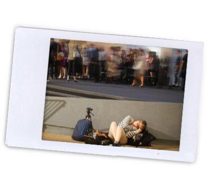Kris, vollkommen erschöpft bei der Fashion Week