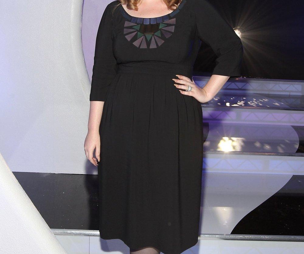 Adele flucht gerne
