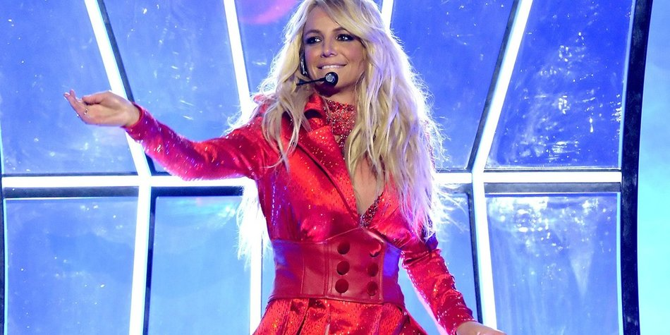 Britney is back