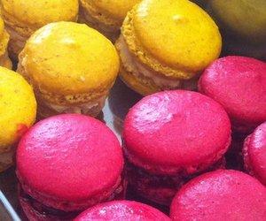 Bunte Ingwer-Himmber Macarons